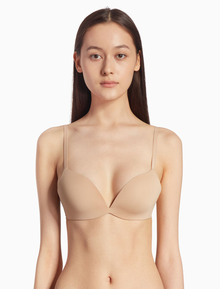 CALVIN KLEIN FORM PUSH UP プランジブラ