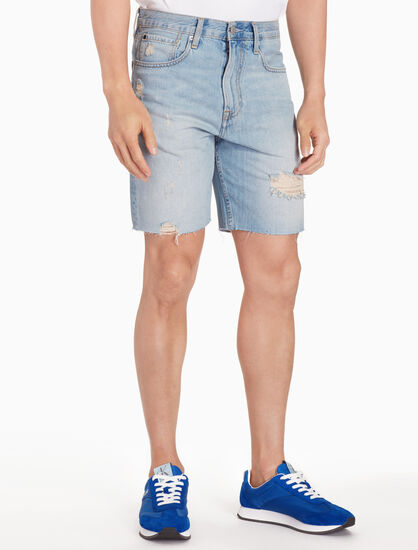 CALVIN KLEIN FRAYED STRAIGHT DENIM SHORTS