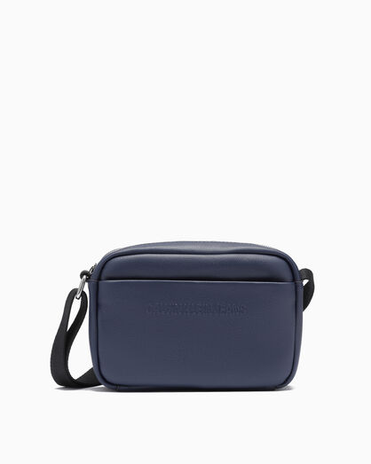 CALVIN KLEIN MICRO PEBBLE UTILITY BAG
