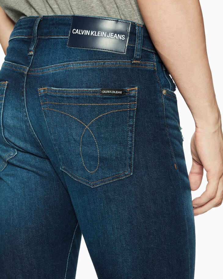 CALVIN KLEIN CKJ 026 INFINITE SOFT DISTRESSED 슬림 진