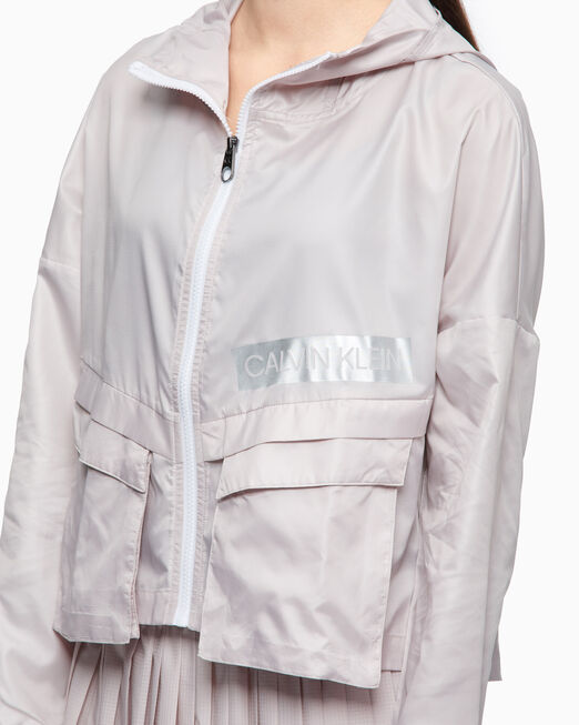 CALVIN KLEIN SUMMER UTILITY CROPPED WINDBREAKER