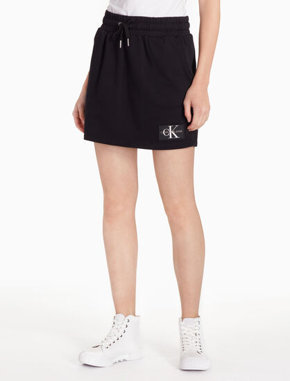 CALVIN KLEIN MONOGRAM LOGO BADGE SWEAT SKIRT