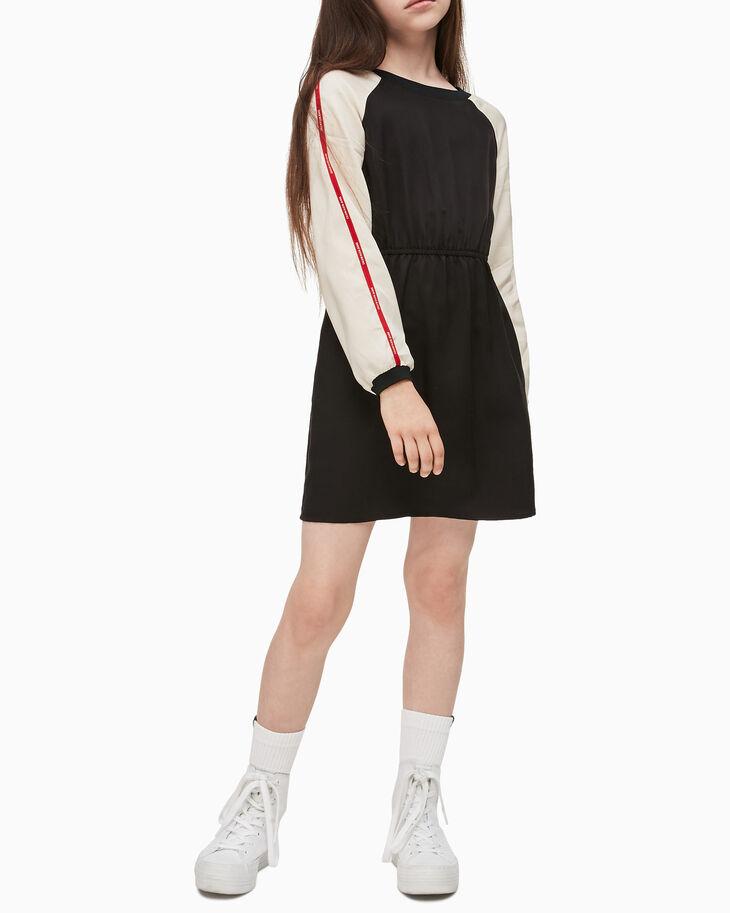 CALVIN KLEIN 여아용 로고 테이프 래글런 드레스